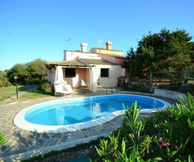 Traditional villa in Stintino with private garden and pool