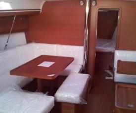 SailBoat ST