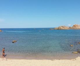 un angolo di Paradiso a pochi passi dal mare nel villaggio Calarossa