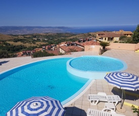 Residence Pala Stiddata with panoramic swimming pool