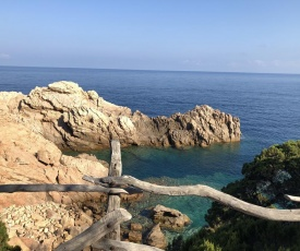 Scoglio a Costa Paradiso