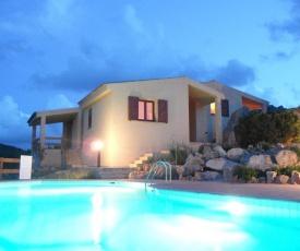 Villa Costa Paradiso con Piscina