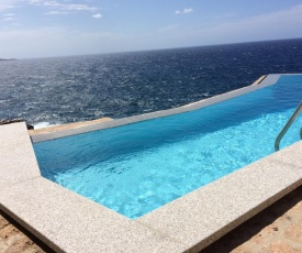 Villa with Pool in Costa Paradiso