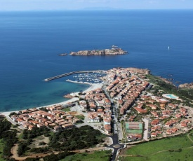 Apartment in Isola Rossa 36055