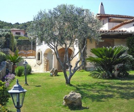 Holiday Home La Conia Cannigione - ISR01320-F