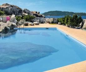 La Maddalena Villa Sleeps 6 Pool Air Con WiFi