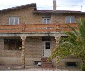 Magomadas Enjoy House