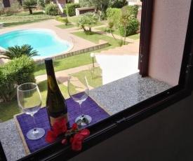 appartamento con vista piscina