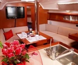 Boat & Sailing Torregrande Sinis Yachting