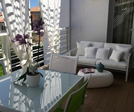 Cute Apartment With Terrace